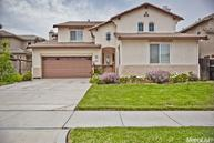 47 Palomino Way Patterson CA, 95363
