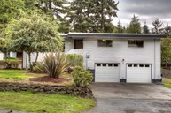 13832 17th Ave Sw Burien WA, 98166