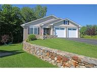 76 Silver Ridge Ln 8 Naugatuck CT, 06770
