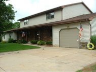 640 James Ct Pulaski WI, 54162