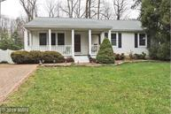 592 Pinewood Drive Annapolis MD, 21401