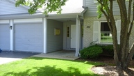 352 Woodview Cr Unit A Elgin IL, 60120
