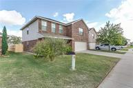 616 Chickadee Drive Fort Worth TX, 76108
