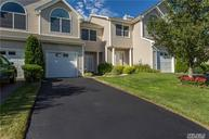 1004 Willow Pond Dr Riverhead NY, 11901