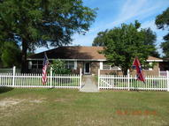 2674 Finch Circle Chipley FL, 32428