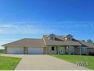 109 Grandy Dr Sioux City IA, 51106
