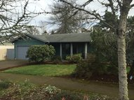 197 73rd St Springfield OR, 97478