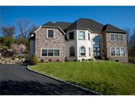 13 Creek View Court Easton PA, 18045
