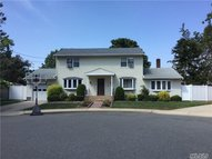 212 Laurie Ln West Hempstead NY, 11552