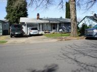 956 56th St Springfield OR, 97478
