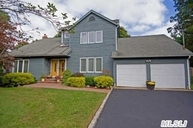 340 Woodhollow Rd Great River NY, 11739