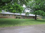 601 Windsor Lane Coffeyville KS, 67337