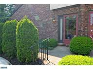 1303 Mountain View Dr Wayne PA, 19087