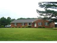 8 +/- Acres Cralles Road Amelia Court House VA, 23002