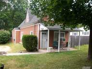 3 Soundview Ave East Northport NY, 11731