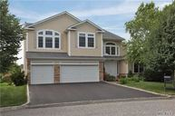 52 Hamlet Woods Dr Saint James NY, 11780