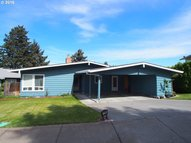 1713 Esther Way The Dalles OR, 97058