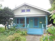 2327 Se Elliott Ave Portland OR, 97214