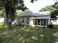 406 Illinois Ave Holton KS, 66436