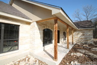 216 Oak Hollow Dr La Vernia TX, 78121