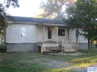392 Ivy Switch Luling TX, 78648