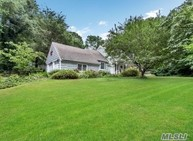 619 Moriches Rd Saint James NY, 11780