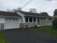 112 Clayton Dr Johnstown PA, 15904