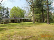 642 Mimosa Lane Crossville TN, 38572