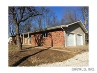524 Howard St Collinsville IL, 62234