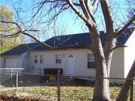 1215 Cheyenne St Leavenworth KS, 66048