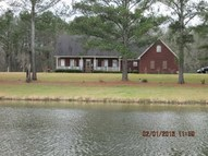 685 Rocky Point Rd Carthage MS, 39051