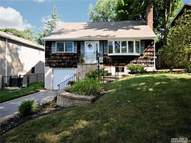 5 Franklin Ct Northport NY, 11768