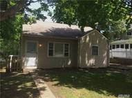 67 Engelke St Patchogue NY, 11772