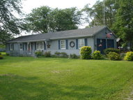 2056 Pleasant Hill Dr Marion OH, 43302