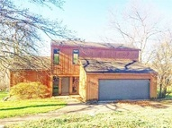 6700 Old Stone House Dr Newburgh IN, 47630