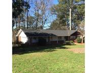 4395 Palm Springs Drive East Point GA, 30344