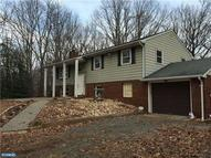 33 Sanders Ln Cream Ridge NJ, 08514