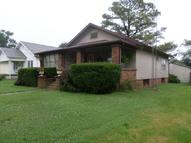 706 Thomas Christopher IL, 62822