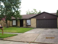 27 Wagon Lane Loop Angleton TX, 77515
