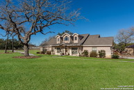 105 Copper Creek Dr La Vernia TX, 78121