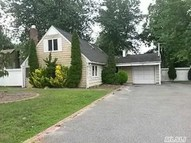 59 Birchdale Dr Holbrook NY, 11741