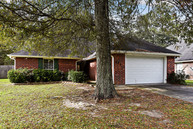 132 South Gate Dr Ponchatoula LA, 70454