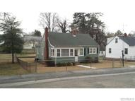 902 Kensington Ave Colonial Heights VA, 23834