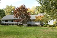 3 Frost Creek Dr Locust Valley NY, 11560
