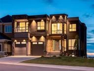 76 Coulee Wy Sw Calgary AB, T3H 0S4