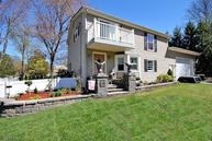 60 Maplewood Ave Hillsdale NJ, 07642