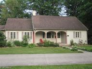 7353 Columbia Rd Olmsted Falls OH, 44138