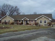 724 W 15th Street Johnston City IL, 62951