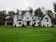 1 Falcon Ridge Drive Goldens Bridge NY, 10526