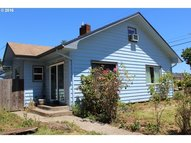 706 10th St Springfield OR, 97477